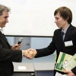 Игорь Минтусов поздравляет команду НИУ ВШЭ со вторым местом